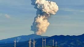 (Video) Volcán Rincón de la Vieja registra erupción que alcanza los 2.000 metros de altura