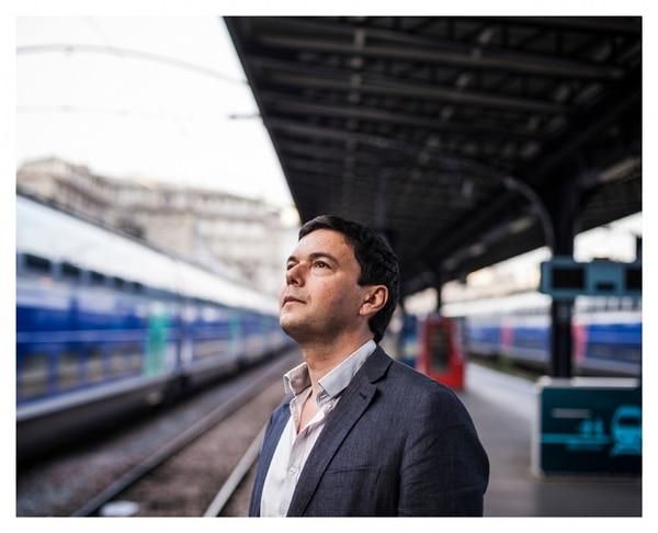 El economista Francés, Thomas Piketty, en el libro El capital en el siglo XXI , advierte de que las sociedades experimentan un aumento en la desigualdad, lo que ha encendido fieros debates. | ED ALCOCK/THE NEW YORK TIMES
