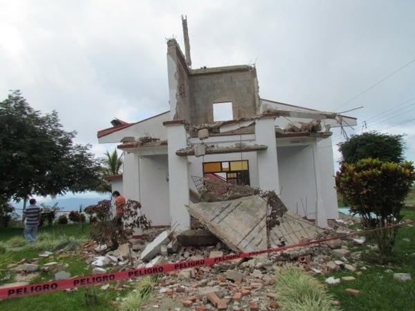 Hace justamente un año fue el terremoto de Nicoya, que dejó gran destrucción, como la de este templo en Nandayure.