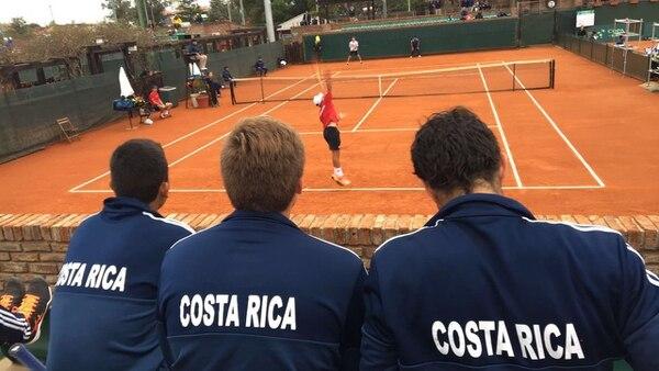 Uno de los juegos de la Selección Nacional de Costa Rica ayer ante Puerto Rico, en Uruguay.