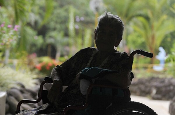 El Régimen No Contributivo de pensiones de la CCSS beneficia a 109.000 personas en condición de pobreza extrema o discapacidad. Un proyecto de ley busca que ese fondo sea el beneficiario de los depósitos judiciales que nadie reclama después de un juicio.