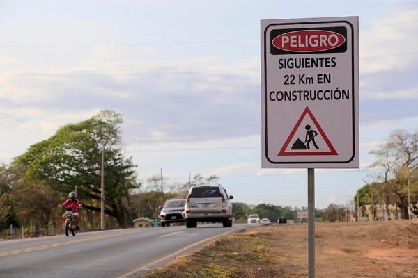 La empresa Azvi resultó adjudicada para ampliar los 21,8 kilómetros del tramo entre Cañas y Limonal por un costo de $89 millones. Foto:Rafael Pacheco