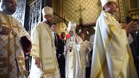 La Rumania ortodoxa tributa una cálida bienvenida al papa Francisco