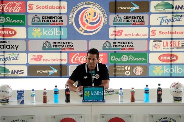 Rónald González dio este jueves la lista para los partidos ante Chile y Perú, en la gira de la Tricolor a Suramérica. Fotografía: Diana Méndez