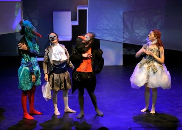 Teatro Expressivo, Ensayo del primer acto de la obra del británico Lewis Carroll