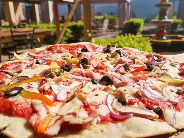 Cualquier pizza desprende aromas a leña. Foto: Osvaldo Calderón