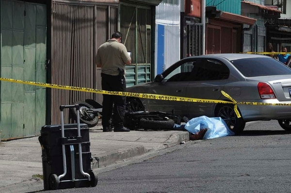 Un hombre murió esta mañana en San Sebastián luego de recibir al menos un impacto de bala.