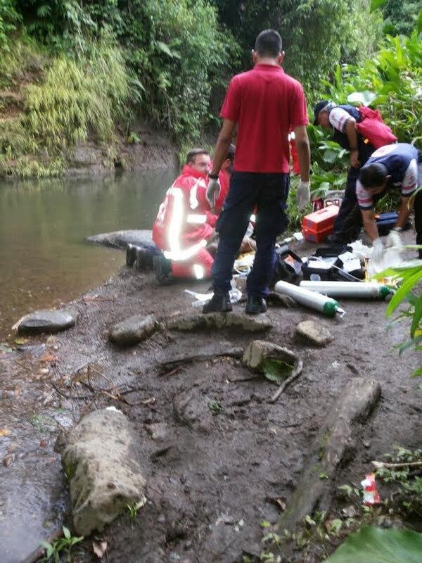 Los esfuerzos de socorristas de San José y Coronado por reanimar el joven fueron infructuosos y se le declaró fallecido por ahogamiento.