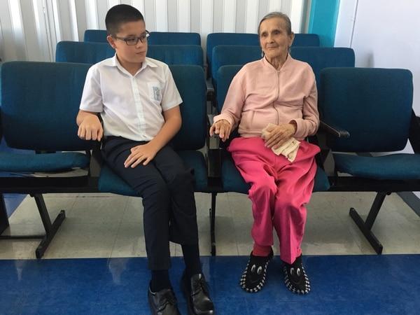 Roberto Coto y María Teresa Solano son dos los pacientes favorecidos con el procedimiento de Terapia de baclofeno intratecal, aplicado en el Hospital Max Peralta de Cartago.