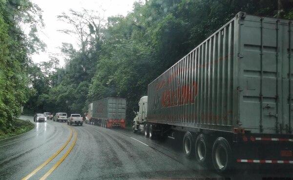 La ruta que lleva de San José a Limón fue reabierta luego de que se dieran varios derrumbes. Foto: Réiner Montero