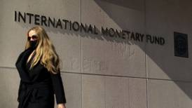 FMI suspende fondos para Afganistán en medio de incertidumbre