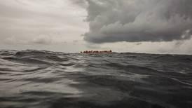 Autoridades recuperan 21 cuerpos de migrantes frente a costas de Túnez