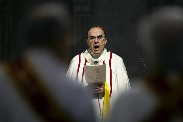 El cardenal Philippe Barbarin durante una misa para migrantes, el 3 de abril, en la ciudad de Lyon.