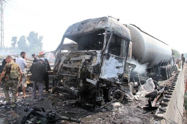 Ataques con explosivos en Siria dejan decenas de muertos.