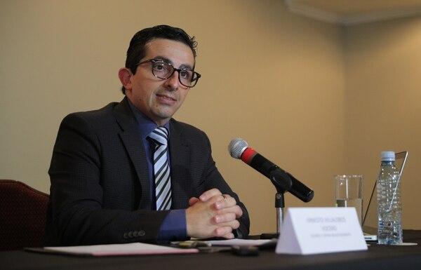 Ernesto Villalobos, vocero de Rhones y Cervin Investissements, dio a conocer las intenciones de las firmas extranjeras. Foto Jeffrey Zamora