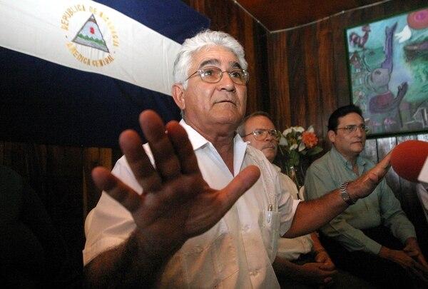 Edén Pastora asegura que volvería a Costa Rica si le quitan la orden de captura por usurpación. ARCHIVO