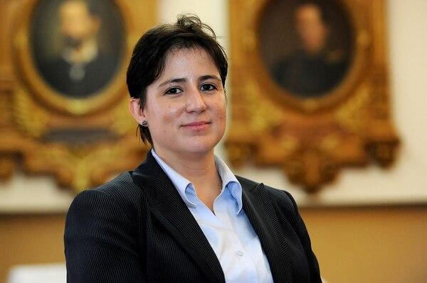 La periodista Montserrat Solano es la nueva Defensora de los Habitantes.