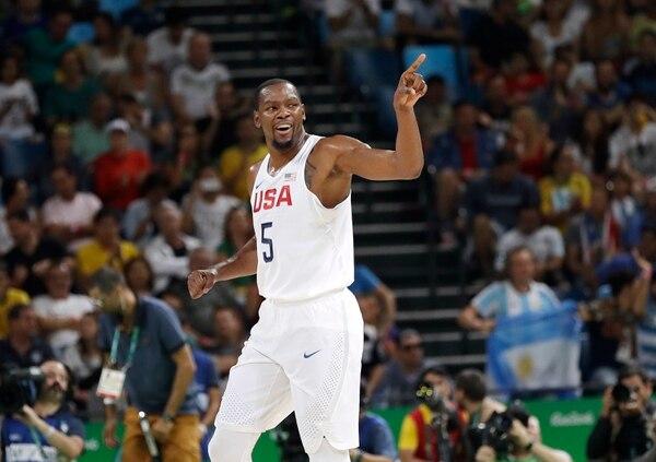 Kevin Durant fue el máximo anotador de los Estados Unidos ante Argentina