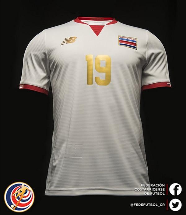 Segundo uniforme de la Selección costarricense para la Copa América, en junio próximo, en Estados Unidos.