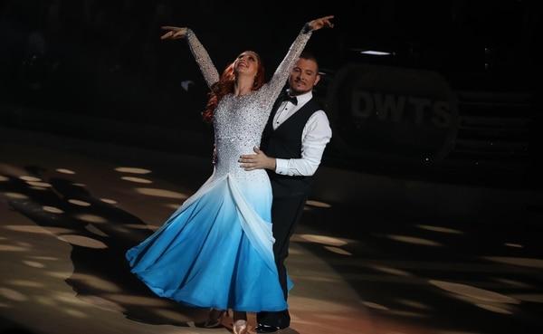Lucía Jiménez y Yiyo Alfaro bailaron un enternecedor 'vals'.
