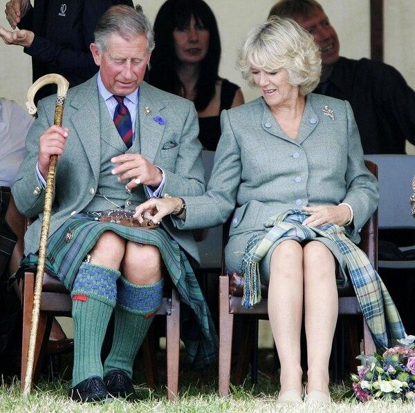 Carlos de Gales y Camila Windsor se casaron en el 2005, muchos años después de que se descubriera la relación extramatrimonial que mantenían.