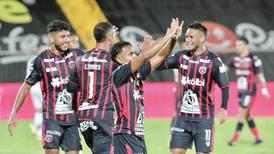 Alajuelense retoma su mística ofensiva y efectiva para entrar de nuevo en la pelea