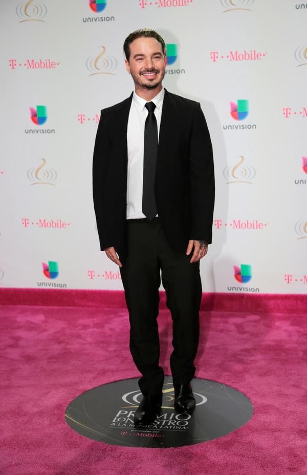 El colombiano J Balvin fue uno de los grandes ganadores de la noche de los premios Lo Nuestro a lo mejor de la música latina.