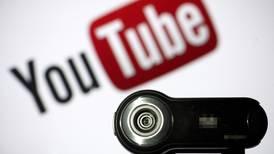 Rusia denuncia 'censura' de YouTube y amenaza con suspender la plataforma