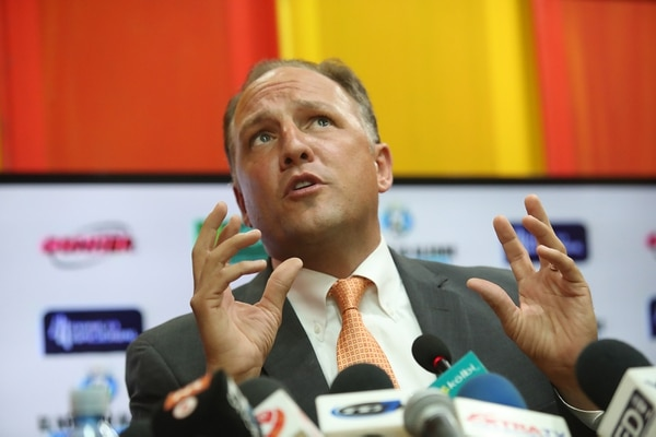 David Patey negó, en conferencia de prensa, tener un vínculo con el narcotráfico y el delito de legitimación de capitales. Foto: John Durán