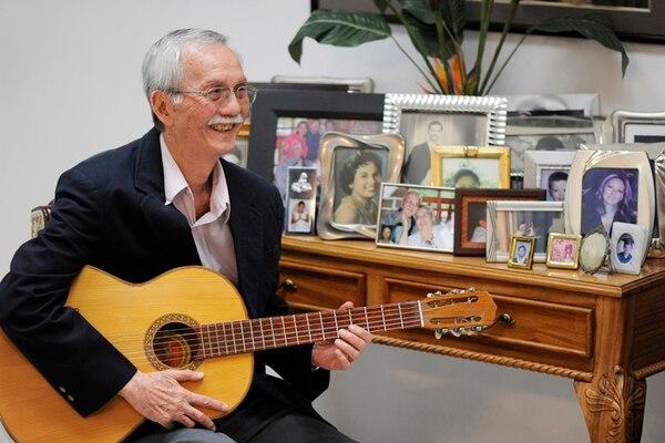 Regalo invaluable. Marcial Sánchez siente que el mejor regalo que la música le da es que varios artistas aprecien su música y la incluyan en alguna de sus grabaciones, sin que él sea músico profesional. Eyleen Vargas