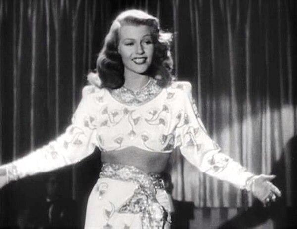 Rita Hayworth en el tráiler de Gilda. Foto: Wikimedia Commons.