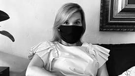 Diseñadora costarricense Carmiña Romero crea mascarillas reutilizables y donará las ganancias