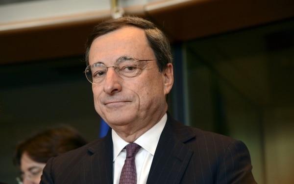 El presidente del Banco Central Europeo, Mario Draghi, fue blanco de la crítica del Bundesbank por la política de reducción de tasas. | ARCHIVO