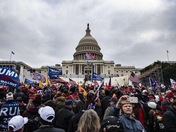 Simpatizantes del presidente Donald Trump se congregaron frente al Capitolio, en Washington, el 6 de enero del 2021, azuzados por un discurso del mandatario. AFP