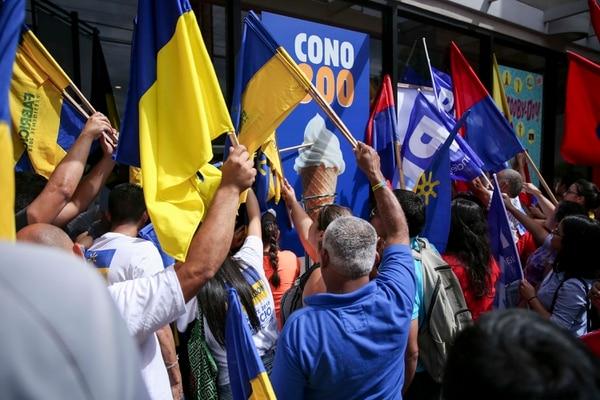 El partido Restauración Nacional escogió los candidatos a diputados de las siete provincias en setiembre anterior. Fotos Marcela Bertozzi