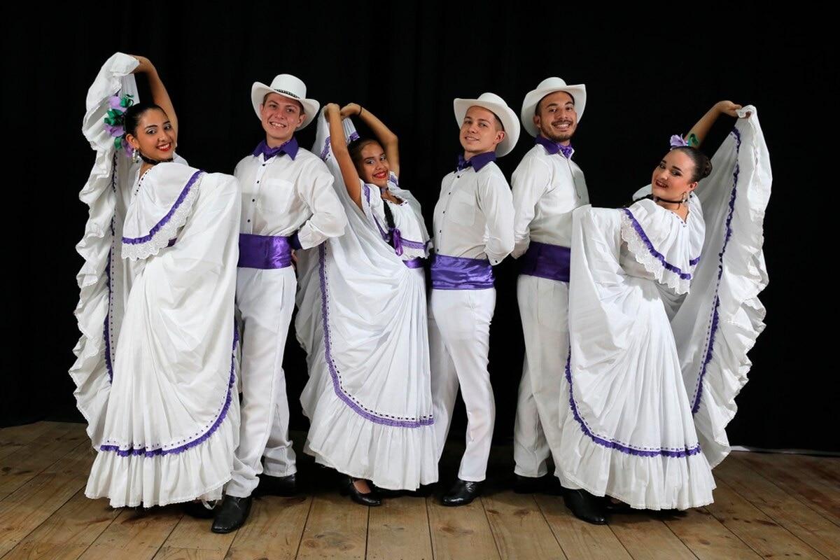 Resultado de imagen para musica bailable Folclóricos