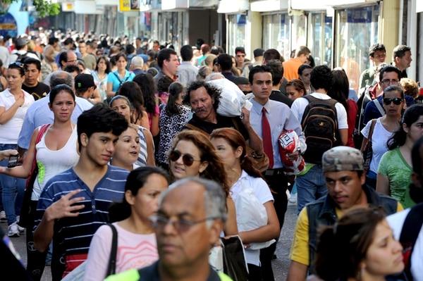 Con los cambios en la población, cada vez hay menos cotizantes por cada persona que se pensiona por vejez. | ALONSO TENORIO