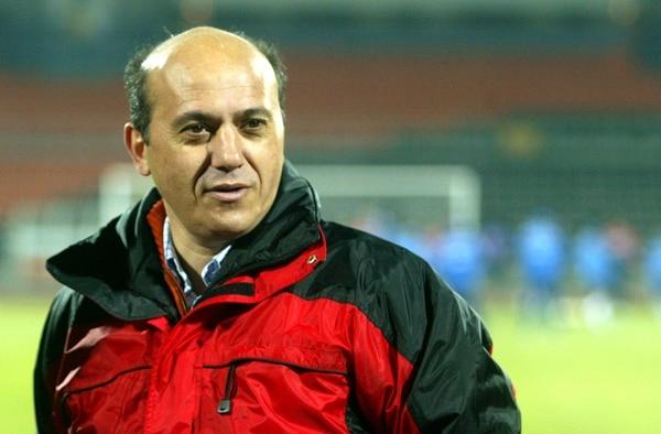 El 14 de marzo del 2007, José María del Nido, presidente de Sevilla, acompañó a su equipo durante un juego por la copa de la UEFA contra el Shakhtar Donetsk en Ucrania.