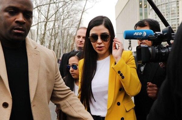 Emma Coronel Aispuro, esposa de Joaquín 'El Chapo' Guzmán, a su salida del Tribunal de Distrito de los Estados Unidos para el Distrito Este de Nueva York. en el distrito de Brooklyn de la ciudad de Nueva York, de Estados Unidos, el 11 de febrero del 2019. Foto: AFP