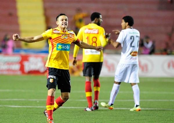 La semifinal del Torneo de Verano 2014 ante Alajuelense se convertiría en la última ocasión que José Miguel Cubero jugó con Herediano. | GRACIELA SOLÍS