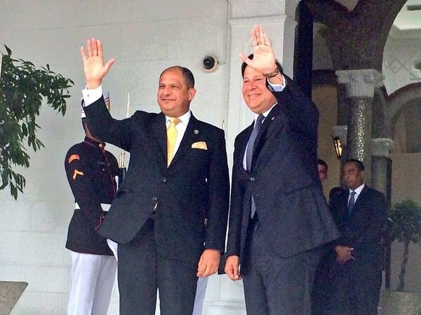 Solís fue recibido por Varela esta mañana en el Palacio Presidencial.