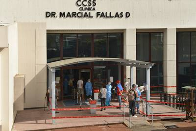 Brote de covid-19 en personal de Clínica Marcial Fallas obliga a activar plan de contingencia