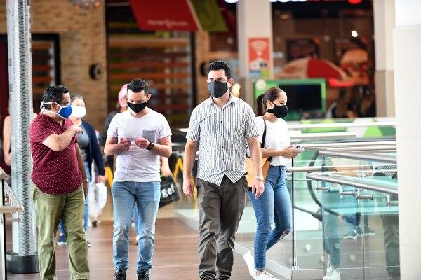 Las autoridades anunciaron una serie de medidas sobre restricción vehicular y en establecimientos comerciales que aplican desde este viernes 3 de julio hasta el 13 de julio, inclusive. Foto de Jorge Castillo