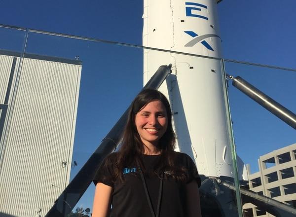 La joven costarricense Sofía Ramírez trabaja en la agencia aeroespacial alemana.