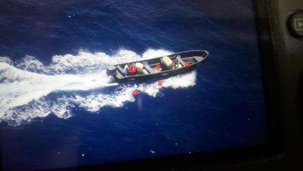 Los cuatro implicados viajaban en una lancha rápida que venía de Jamaica hacia Limón. Foto archivo LN