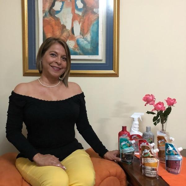Mariamelia Prado Guasch, emprendedora de 52 años, es la propietaria de la pyme Guax. (Foto: Guax para EF).