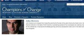 Casa Blanca condecoró a John Herrera, un emprendedor de Costa Rica