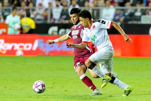 Saprissa ganó los seis puntos de sus duelos contra Alajuelense. Cartaginés y Herediano igualaron los dos partidos. | RAFAEL PACHECO Y LUIS NAVARRO