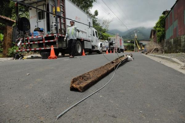 Sustitución de postes en calle Lajas. Albert Marín