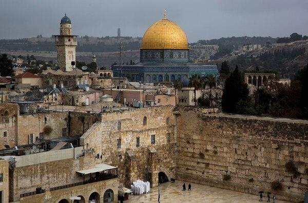 Jerusalén, ciudad que despierta enfrentamientos y pasiones político-religiosas.